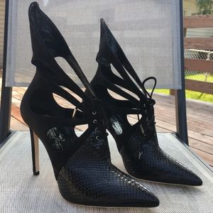 Alejandro Ingelmo Black Lace Up Ankle Booties
